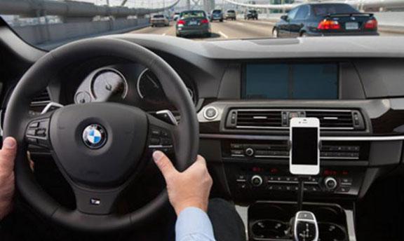 BMW-Siri-Eyes-Free