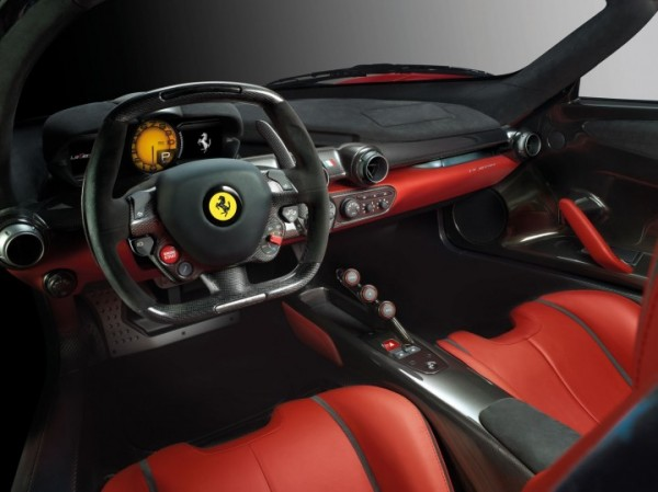 LaFerrari-Interior-01-720x539